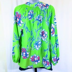 Lilly Pulitzer Tops - Lilly Pulitzer Elsa Silk Top in New Green Tossed